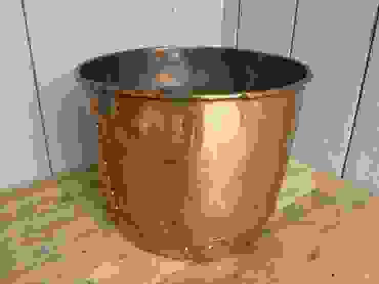 Victorian Antique Copper Pot : classic  by UKAA | UK Architectural Antiques , Classic