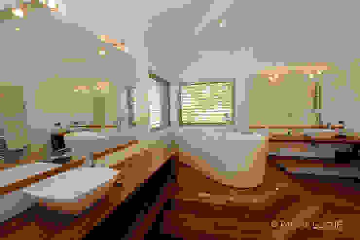 décoration, intérieur, mise en scène, ambiance patrick eoche Photographie d'architecture Salle de bain coloniale