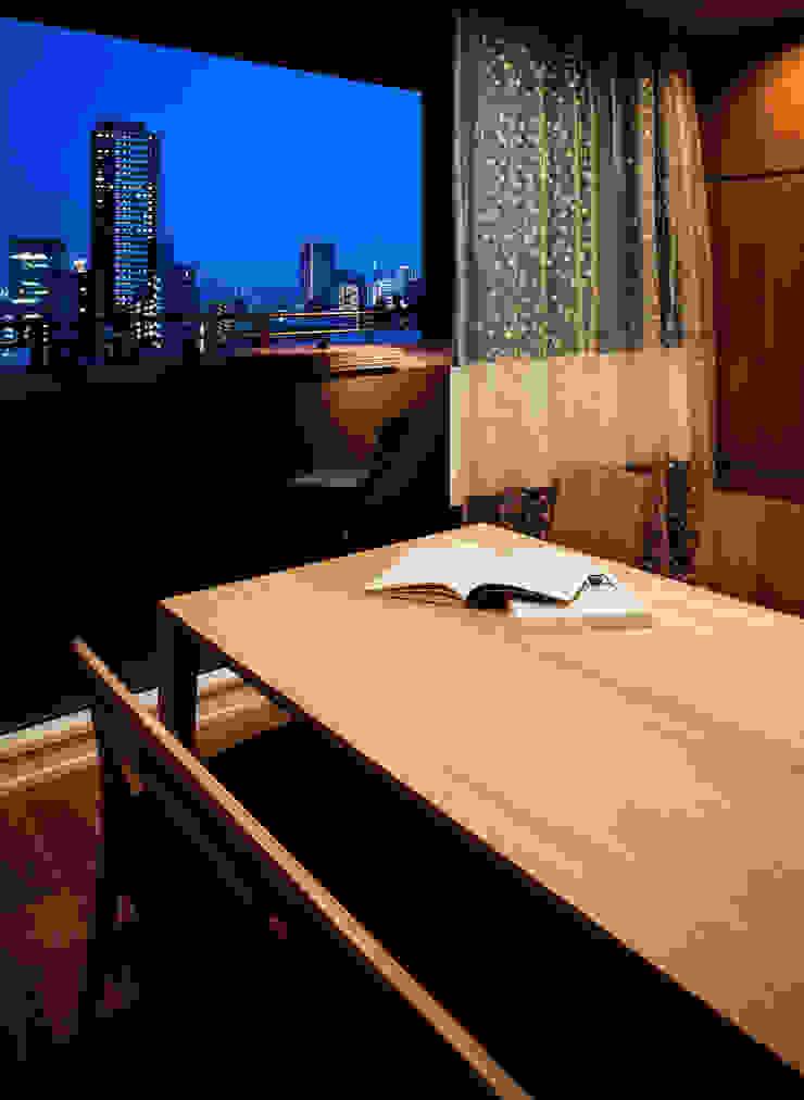山本通の家 リビングからバルコニーを見る 株式会社seki.design 北欧デザインの テラス