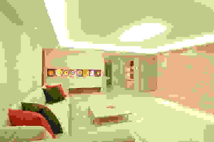 A Apartment ミニマルデザインの リビング の Yunhee Choe ミニマル