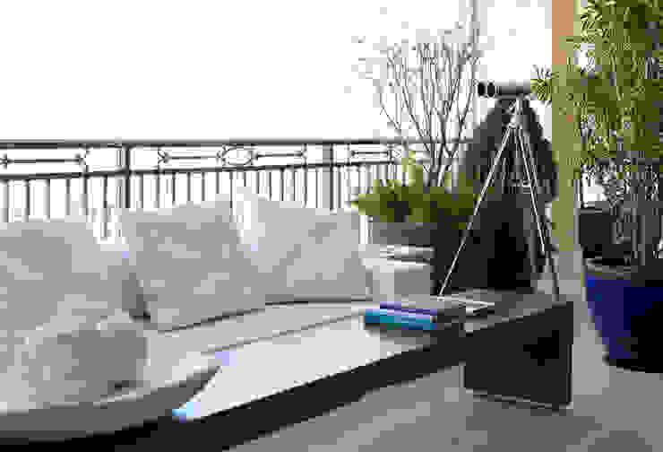 Varanda: Terraços  por Liane Mazeron Rump Arquitetura,Moderno