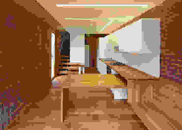 Haringey Brick House Кухня в скандинавском стиле от Satish Jassal Architects Скандинавский