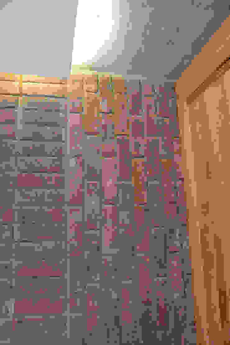 Brick bonding detail Scandinavian style living room by Satish Jassal Architects Scandinavian