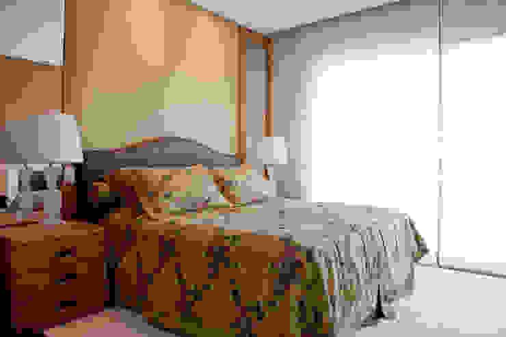 Dormitorios de estilo rural de homify Rural