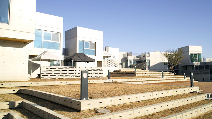 Mono Funny Pension (통영 모노퍼니 펜션) by archim architects