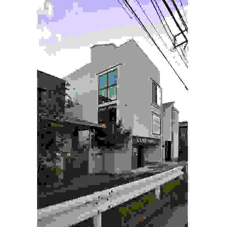 Rumah Modern Oleh 辻史彰建築研究所 Modern