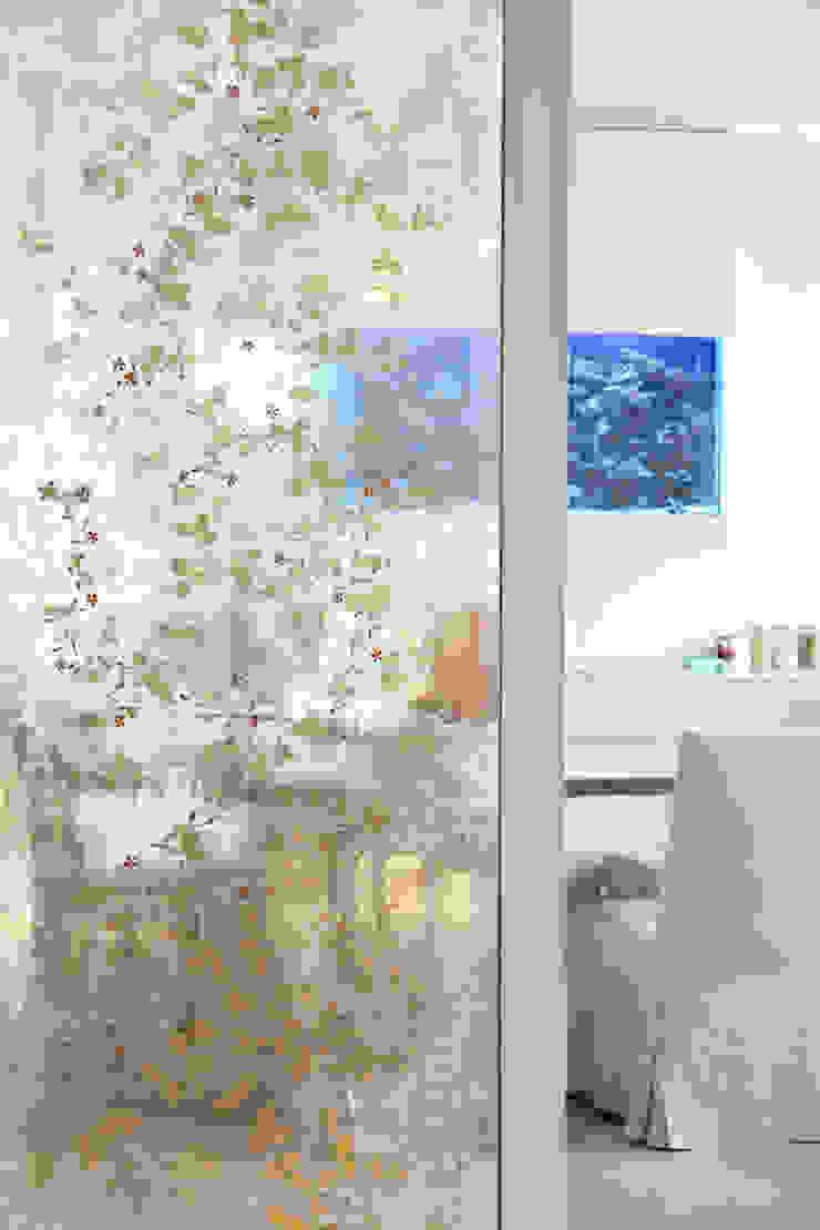 Decorative Verre Églomisé Classic style walls & floors by Rupert Bevan Ltd Classic
