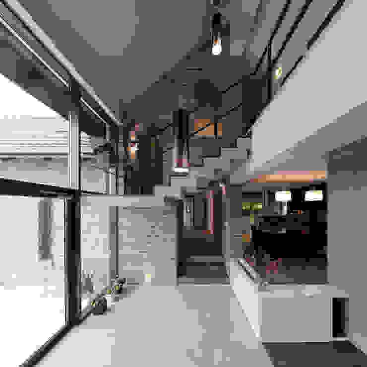 Modern conservatory by Pracownia Świętego Józefa Modern