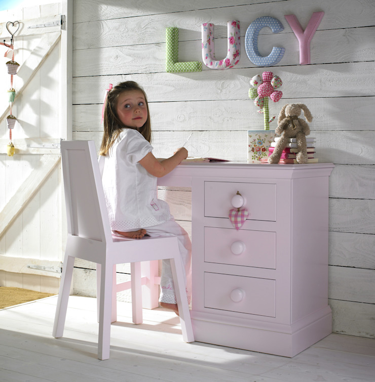 Looby Lou Desk: classic  by Little Lucy Willow, Classic