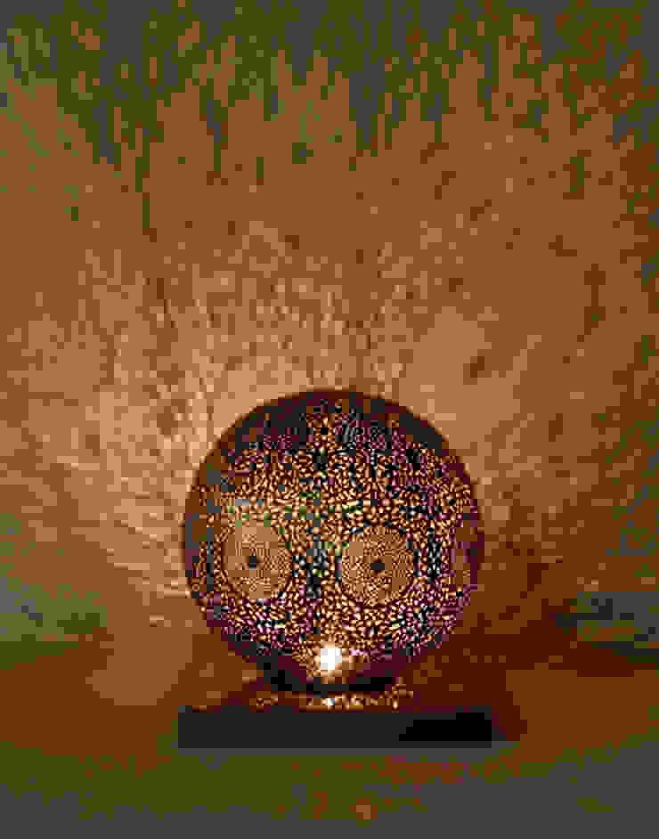 Antique Brass Table Lamp: mediterranean  by Moroccan Bazaar , Mediterranean
