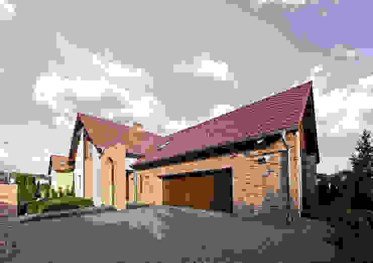 Casas de estilo rústico de Pracownia Świętego Józefa Rústico