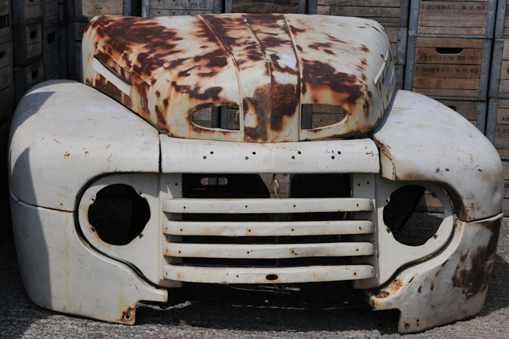 American car front de Tramps (UK) Ltd Industrial
