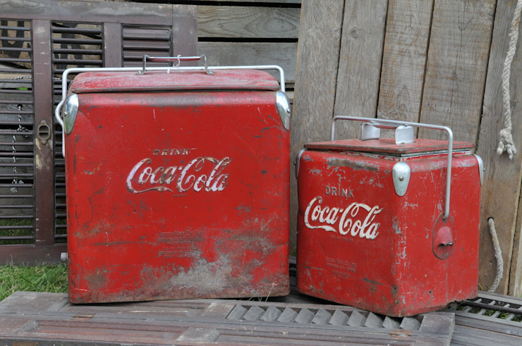 Original Coke coolers de Tramps (UK) Ltd Rústico