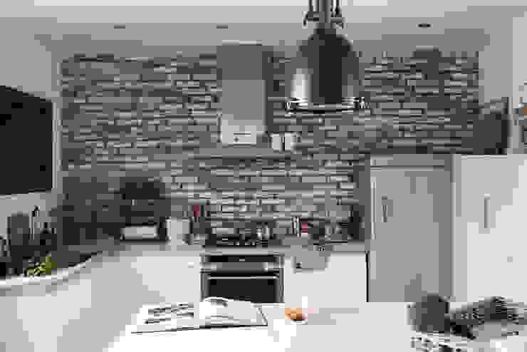 Scandinavian style kitchen by Studio Inaczej Scandinavian