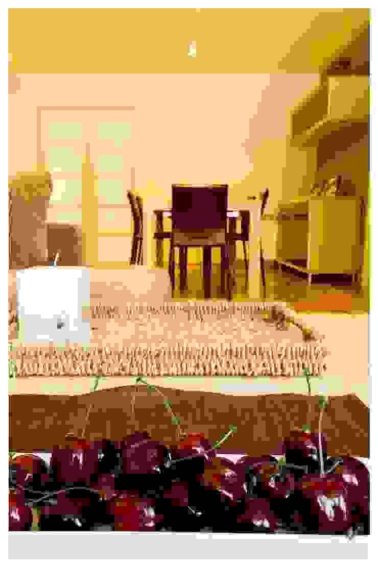 Ocre Salones de estilo mediterráneo de Cardellach Interior & Events Mediterráneo