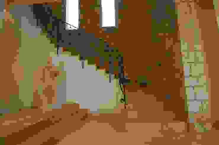 CARLO CHIAPPANI interior designer Corredores, halls e escadas mediterrânicos