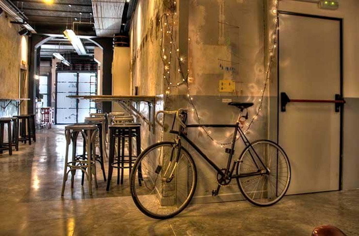 GARAGE BEER Co. Bares y clubs de estilo industrial de DA2 ARQUITECTURA Industrial