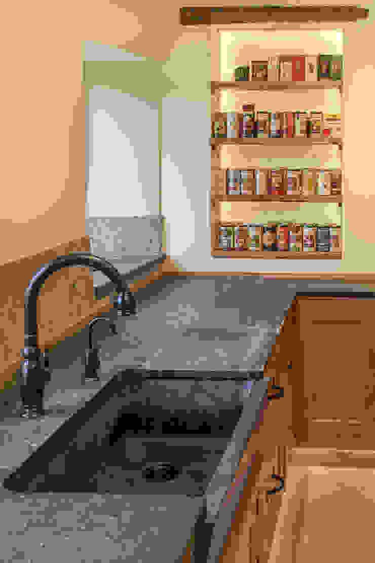 Work top PAN|brasilia UK Ltd Eclectic style kitchen