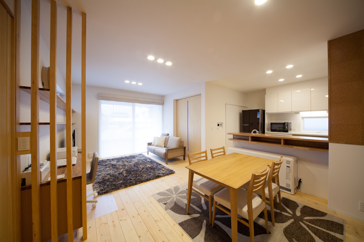 Ruang Makan Modern Oleh 一級建築士事務所 想建築工房 Modern