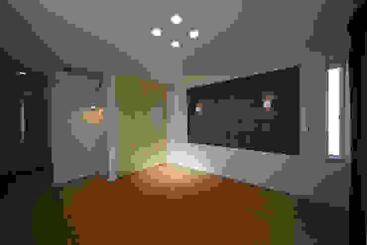 Kamar Tidur Modern Oleh 一級建築士事務所 想建築工房 Modern