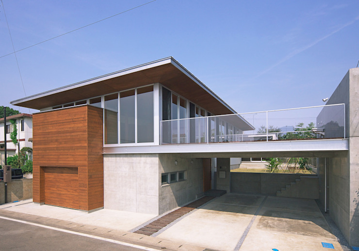 Modern houses by STUDIO POH Modern