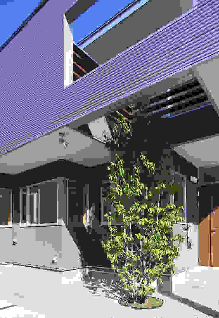 Maisons modernes par STUDIO POH Moderne