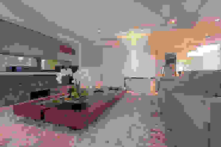projeto |FT| Salas multimídia modernas por Camila Bruzamolin - arquitetura Moderno