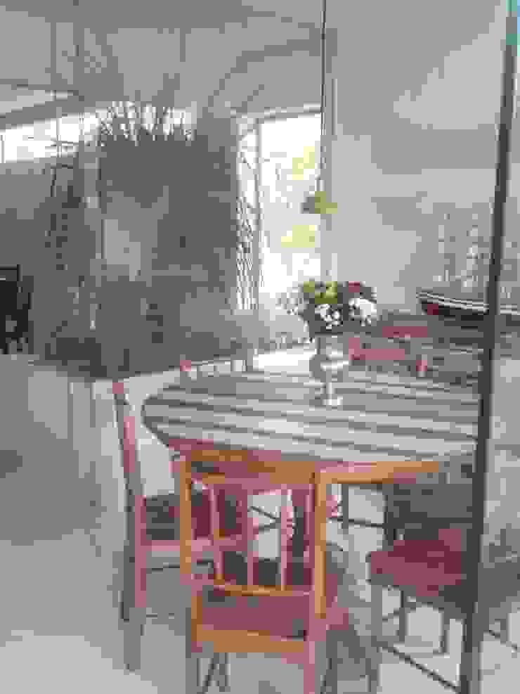 CASA EM SÃO PAULO Jardins de inverno tropicais por Kika Prata Arquitetura e Interiores. Tropical