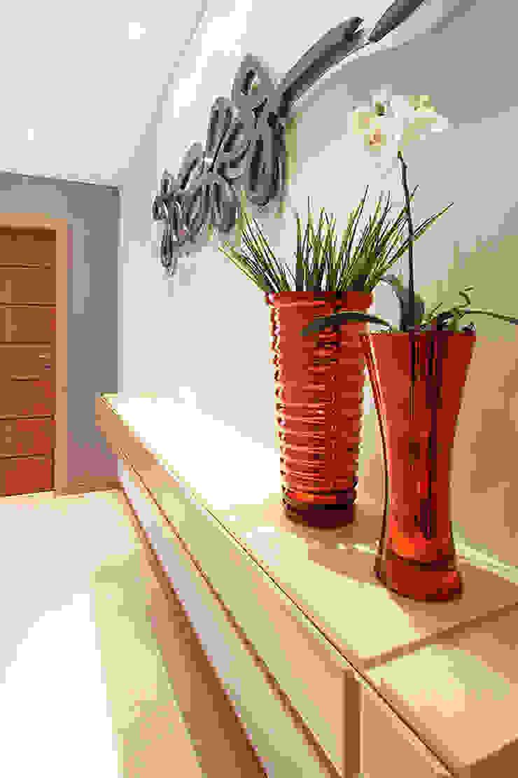 projeto |CM| Corredores, halls e escadas modernos por Camila Bruzamolin - arquitetura Moderno