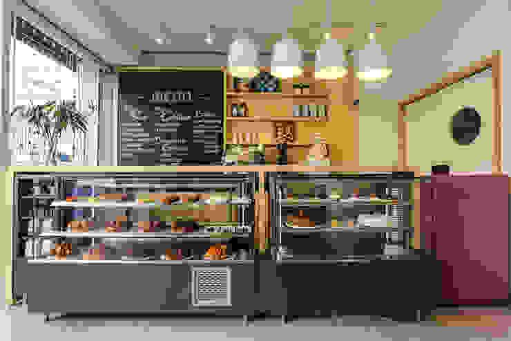 Atelier dos Bolos – Loja Santa Cecília Espaços gastronômicos modernos por SP Estudio Moderno