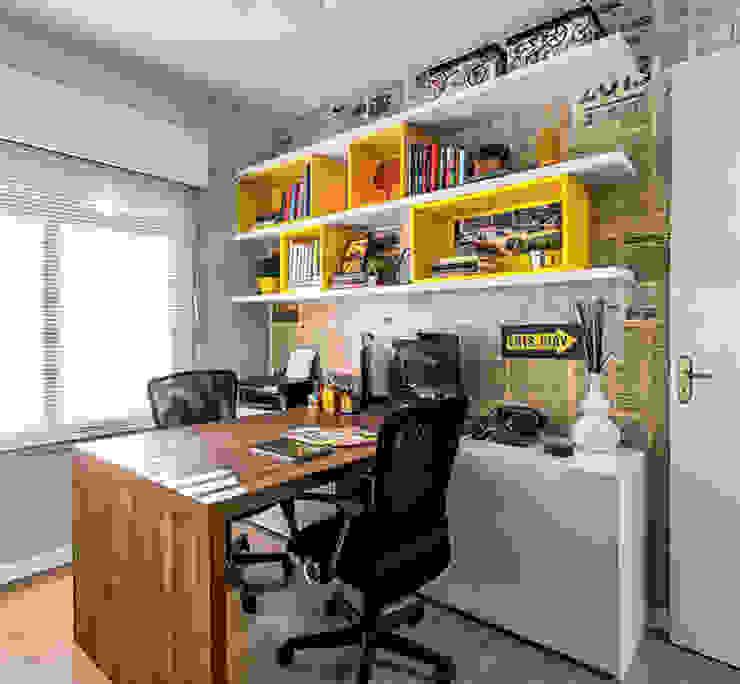 Oficinas y bibliotecas de estilo ecléctico de Ambientta Arquitetura Ecléctico