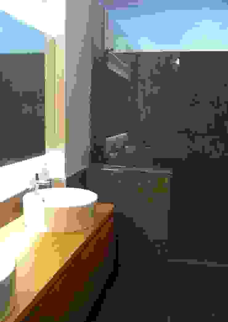 Reforma integral vivienda en Santa Cruz de Tenerife Baños de estilo moderno de Tatiana Doria, Diseño de interiores Moderno