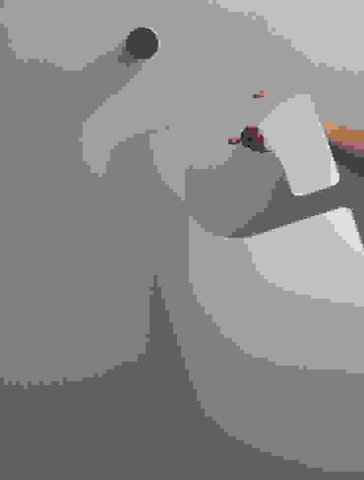 DoNotDisturb mirror: Shinya Ito & Kaori Yamamotoが手掛けた工業用です。,インダストリアル
