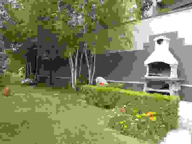 Сад в стиле модерн от Luigi Nevola Architetto Модерн