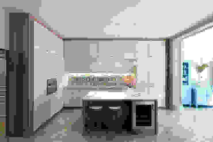 Кухня Кухни в эклектичном стиле от lab21studio Эклектичный