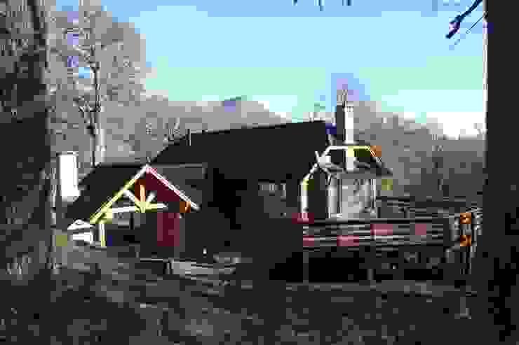 Cabaña Las Pendientes – Patagonia Argentina Aguirre Arquitectura Patagonica Casas clásicas