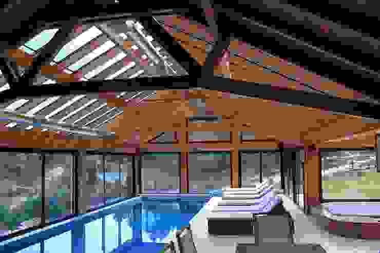 Casa Chapelco Golf and Resort - Patagonia Argentina Spa modernos de Aguirre Arquitectura Patagonica Moderno