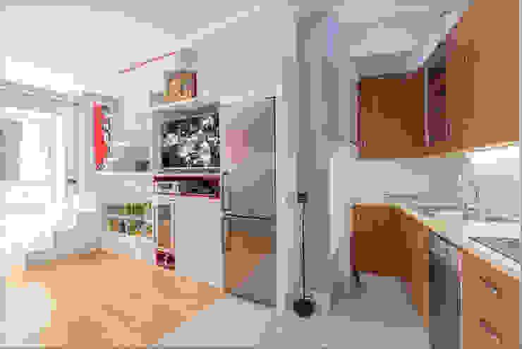 Salon con cocina abierta Salones de estilo moderno de Per Hansen Moderno