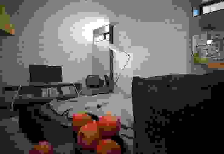 ДОМ В ПОСЕЛКЕ ПОЛИВАНОВО (визуализация) Спальня в стиле минимализм от ALEXANDER ZHIDKOV ARCHITECT Минимализм