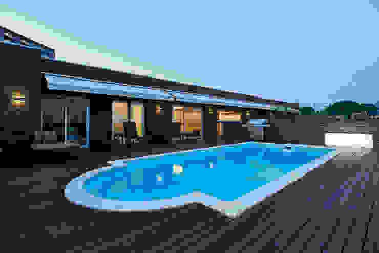 Moderner Garten von Mアーキテクツ|高級邸宅 豪邸 注文住宅 別荘建築 LUXURY HOUSES | M-architects Modern