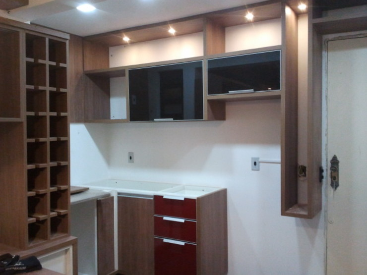 Home Studio Cozinhas modernas por Cristiano Carvalho Arquitetura e Design Moderno