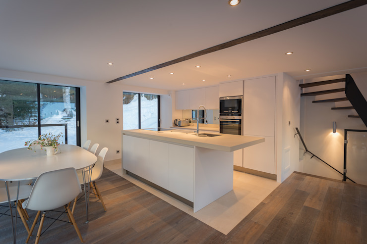 Chevallier Architectes Modern kitchen