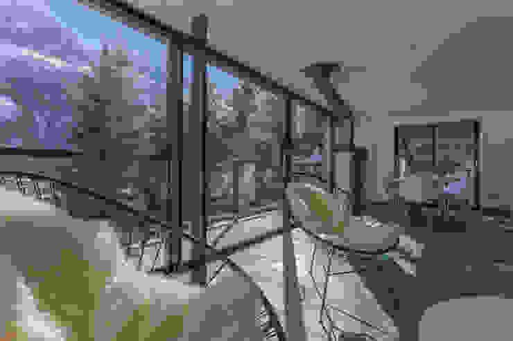 Dag Chamonix Salon moderne par Chevallier Architectes Moderne