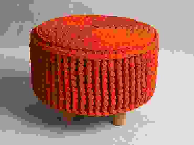 Crochet pouf, knitted ottoman, model PARIS 45cm, material cotton, color 20 van RENATA NEKRASZ art & design Scandinavisch