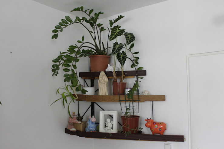 Volker Rueß Living roomShelves