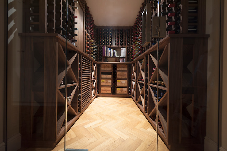 Wine Cellar in American black walnut designed and made by Tim Wood by Tim Wood Limited Скандинавський
