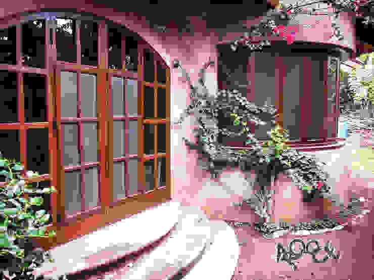 Maisons rustiques par CONSTRUCTORA ARQOCE Rustique