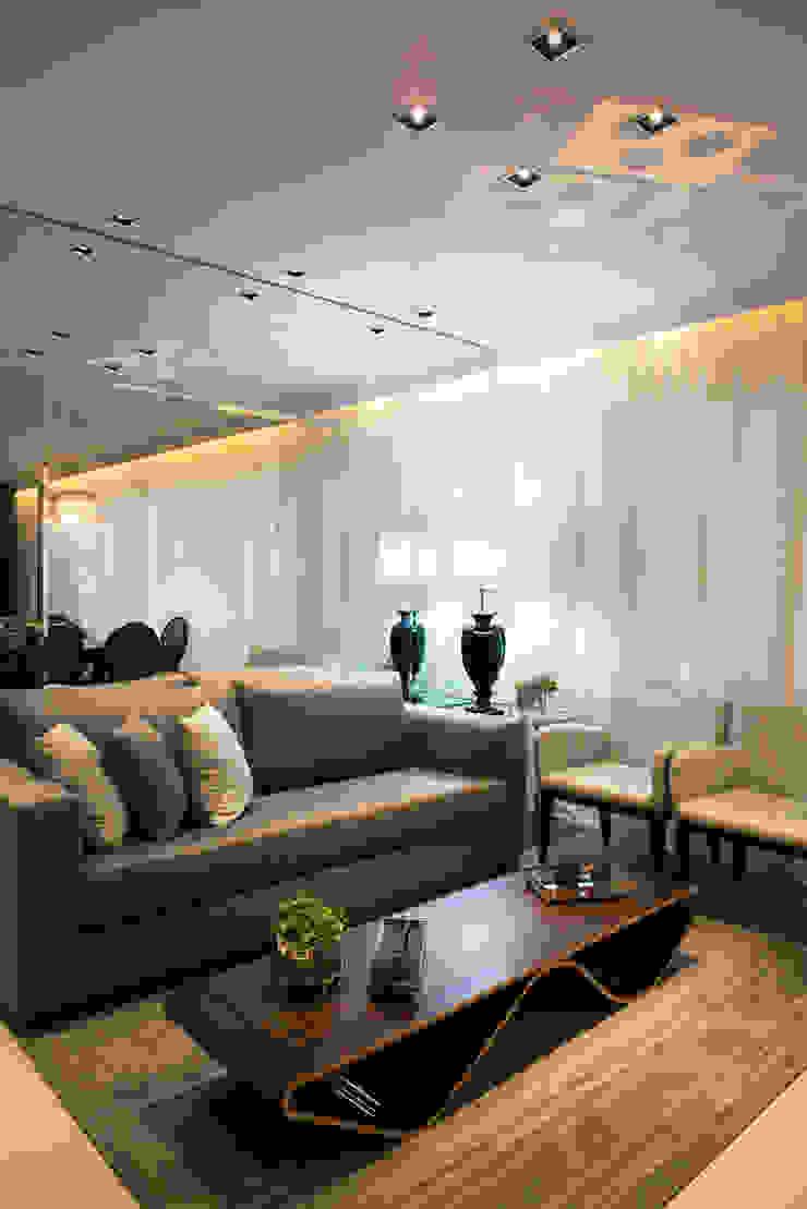 Sala de Estar Salas de estar modernas por Renato Lincoln - Studio de Arquitetura Moderno