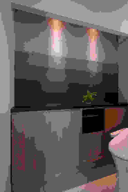 Sakurayama-Architect-Design Kamar Mandi Gaya Eklektik