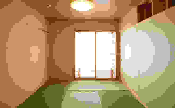 和室 (寝室) 和風デザインの 多目的室 の 吉田設計+アトリエアジュール 和風